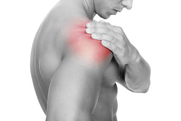How to Avoid Shoulder Pain from Swimming