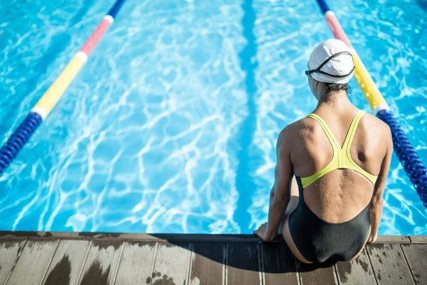 How to Pick a Swimsuit for Lessons in the Pool